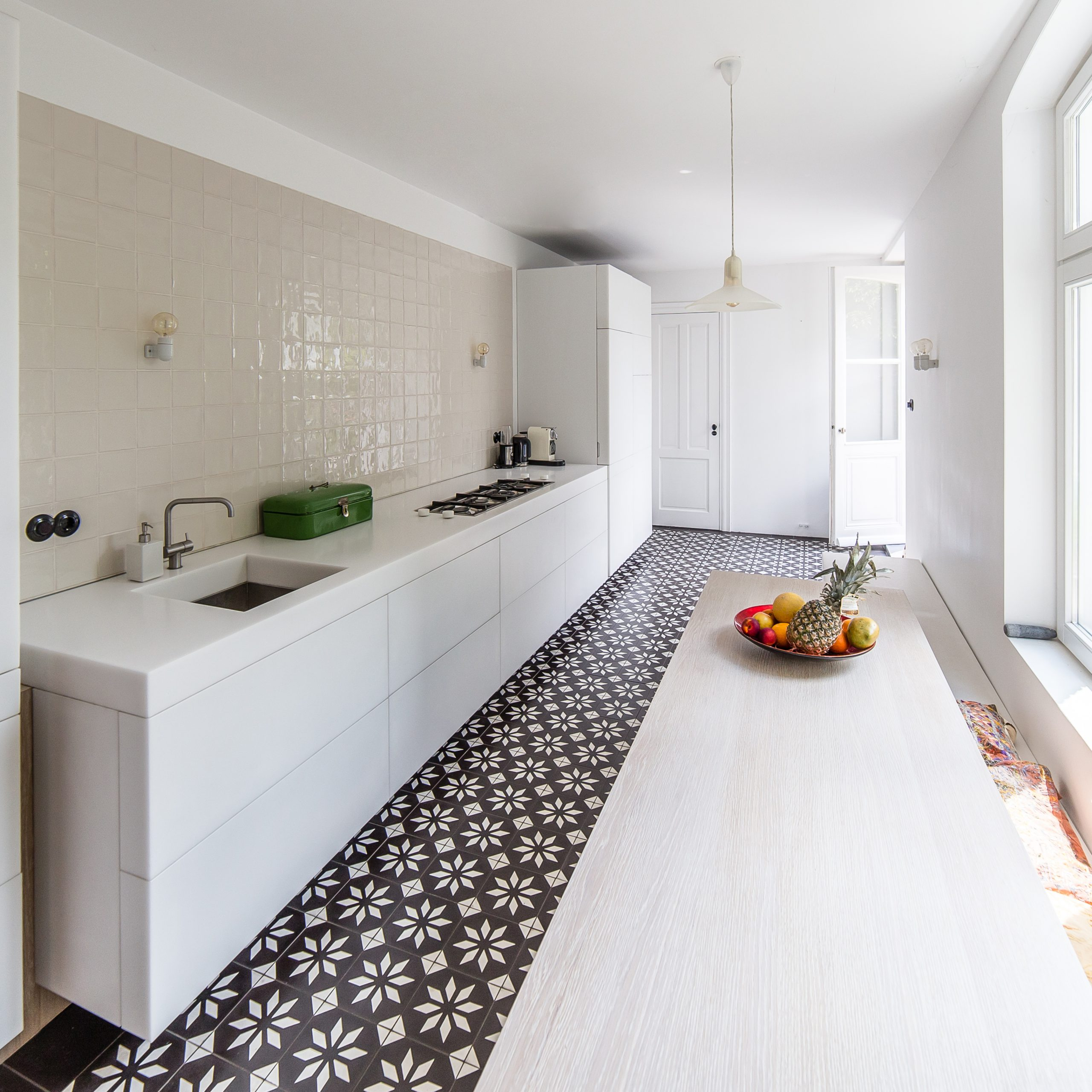 Kitchen design with pattern tiles