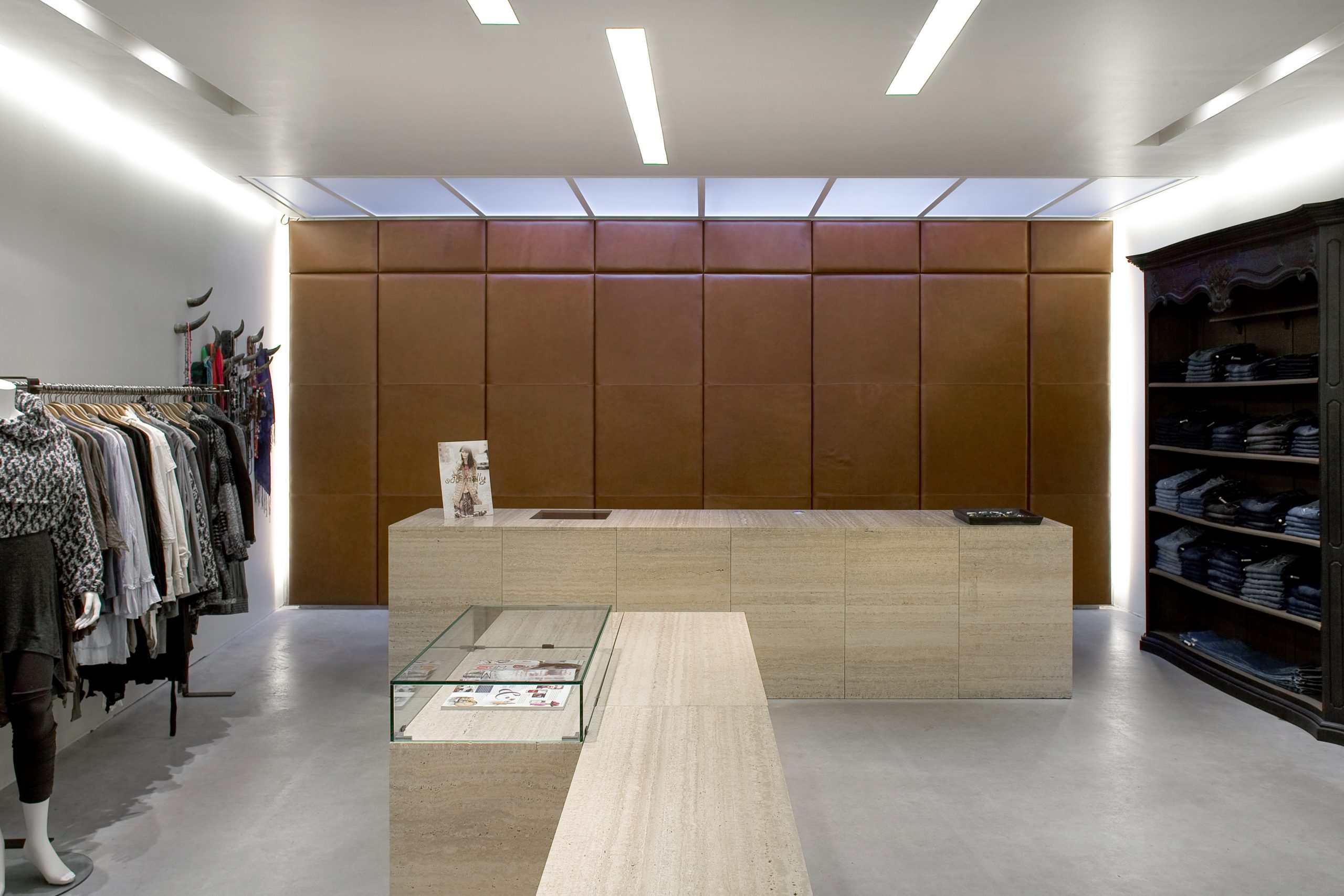 Lodz store counter