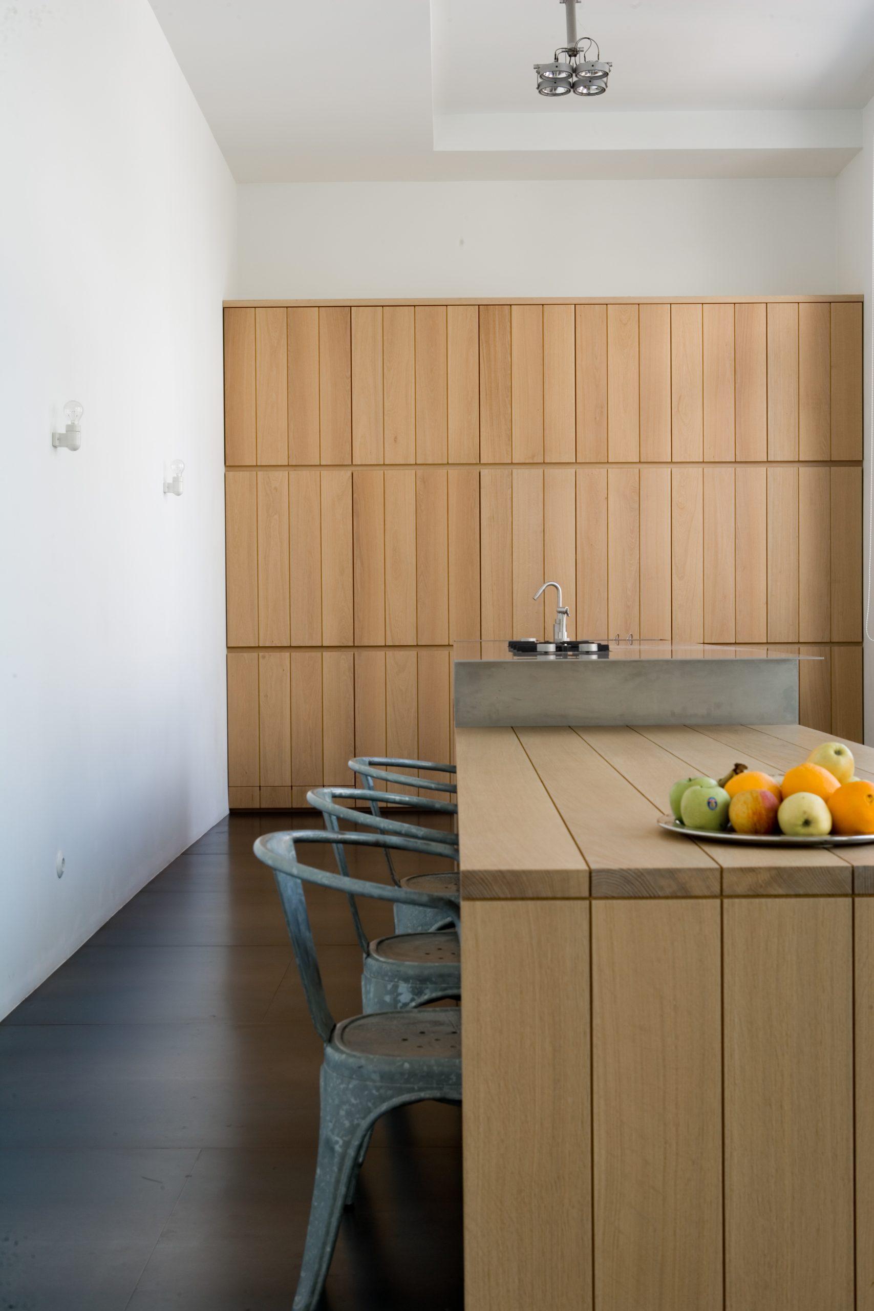 Clean wooden kitchen design housing