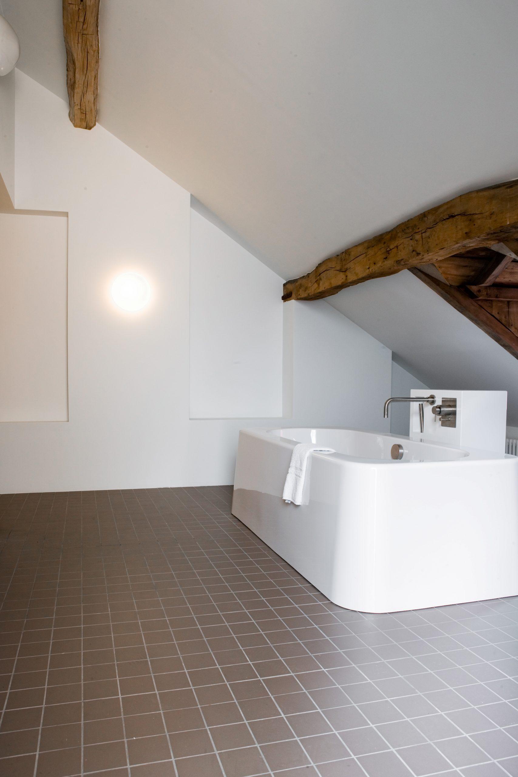 Rewriting History bathroom design