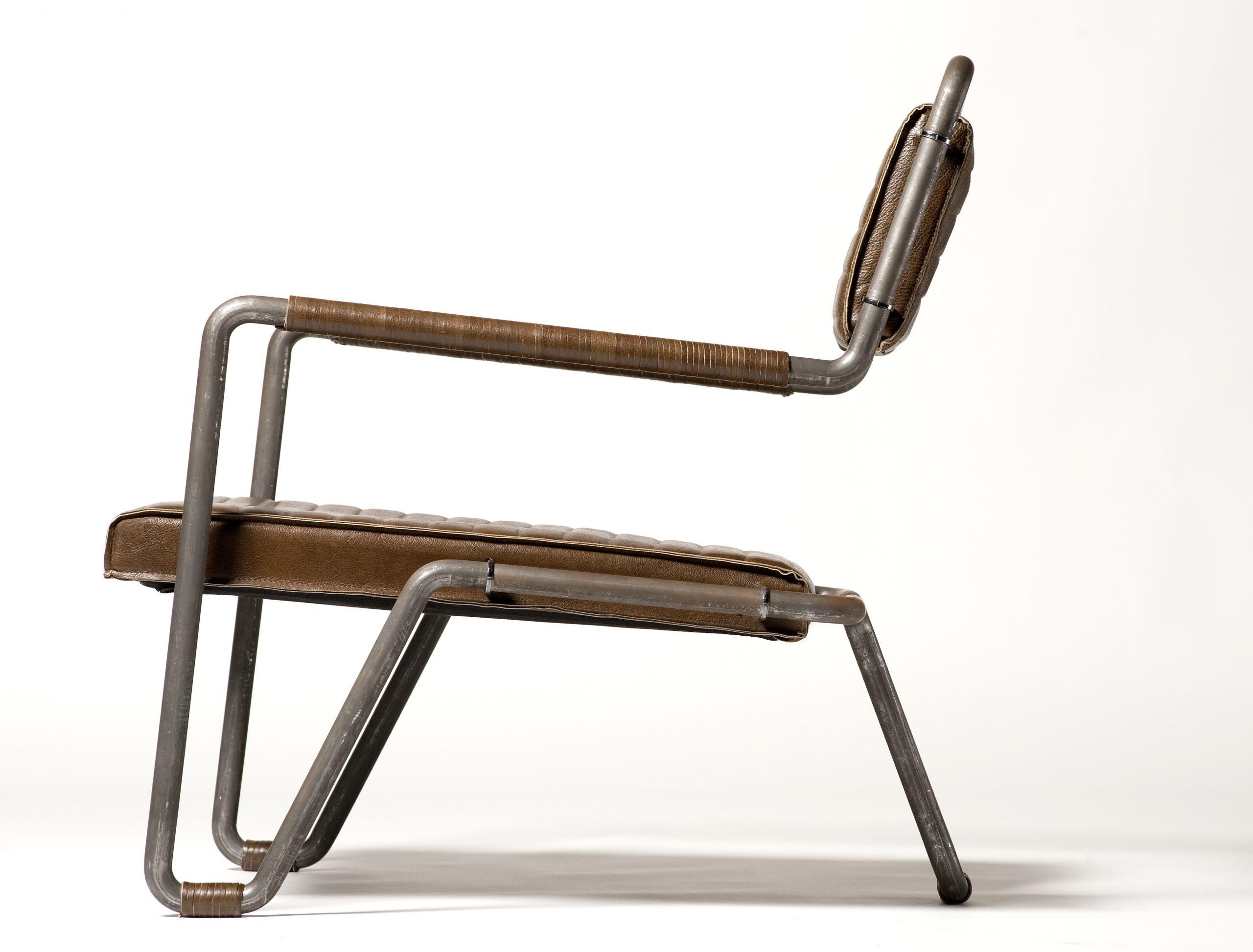 Zoom low chair unique design