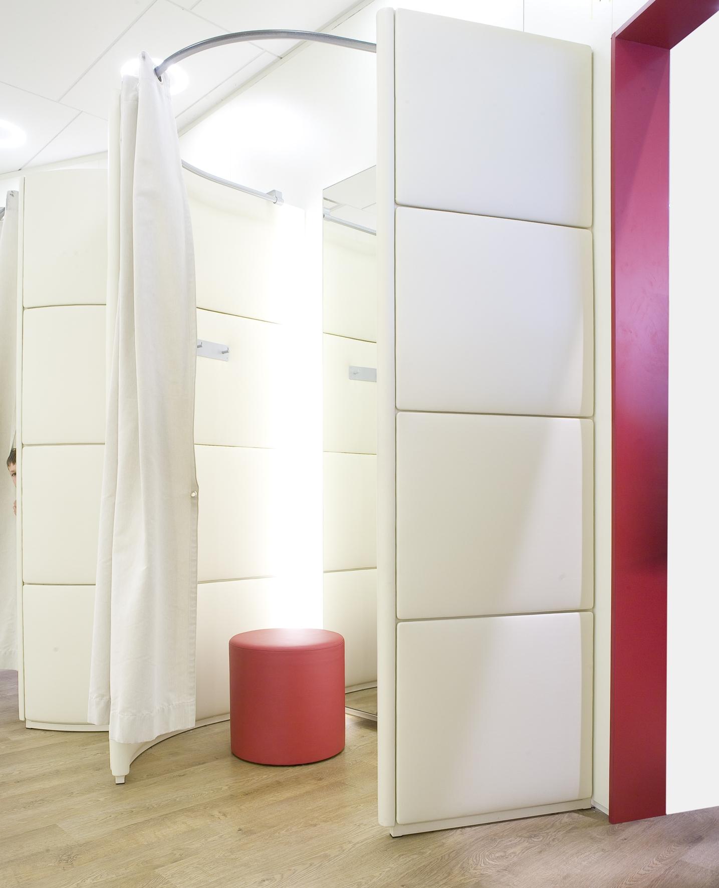 JBC stores belgium changing room