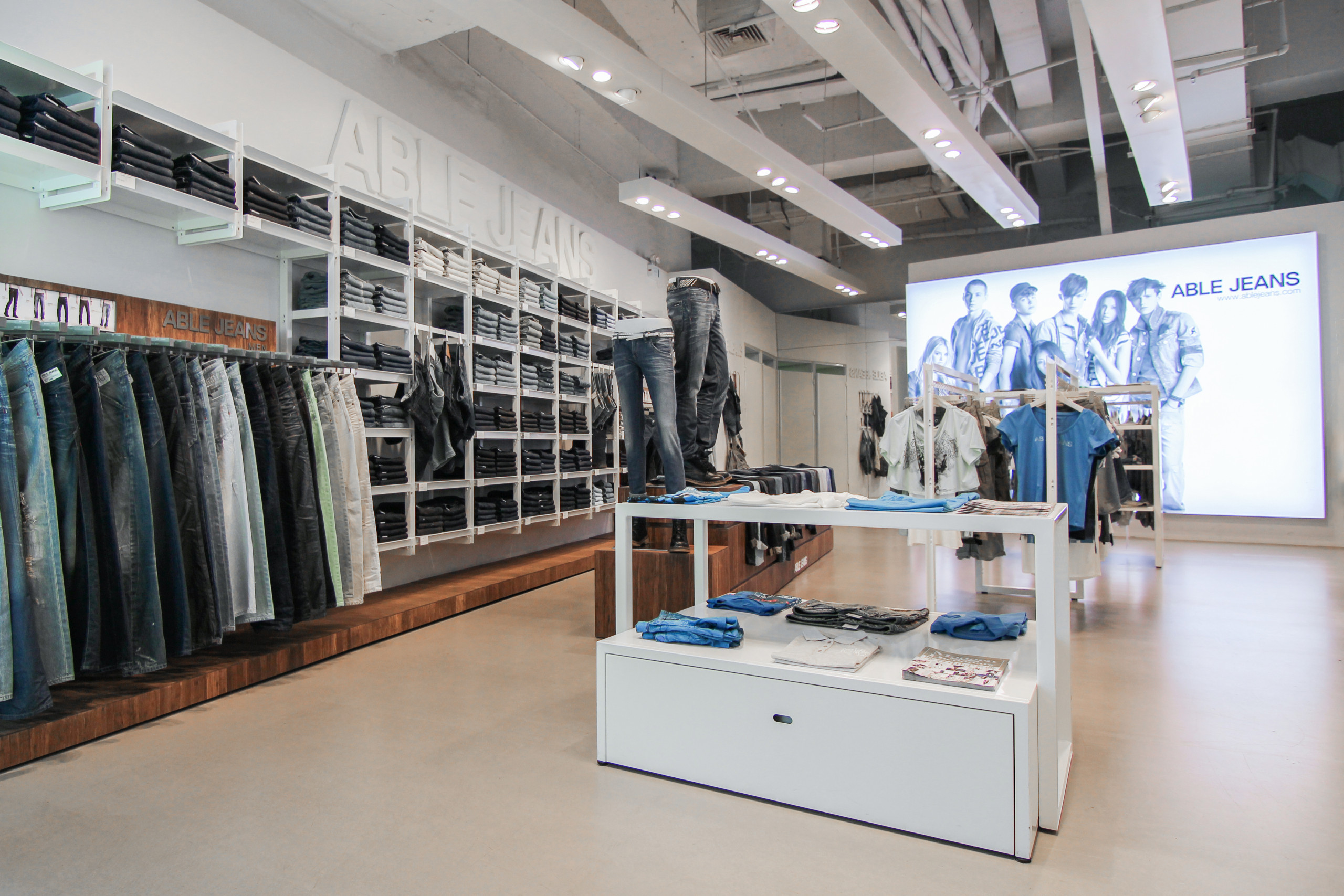 Able Jeans stores china design