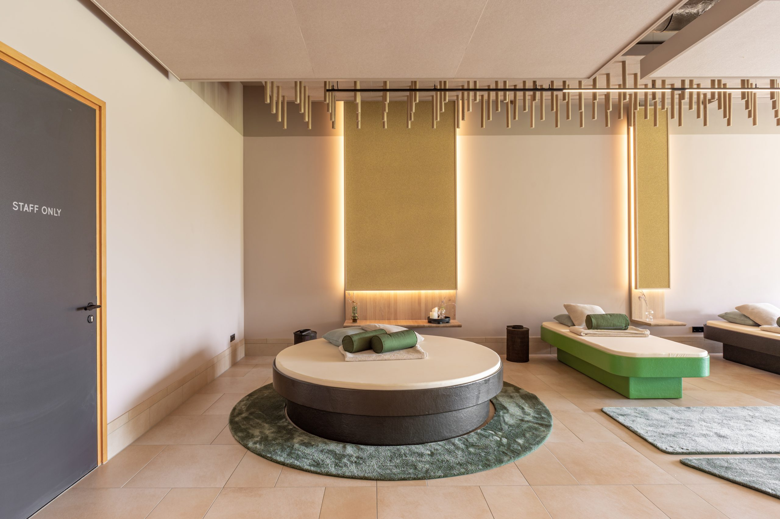 Thermae 2000 spa room