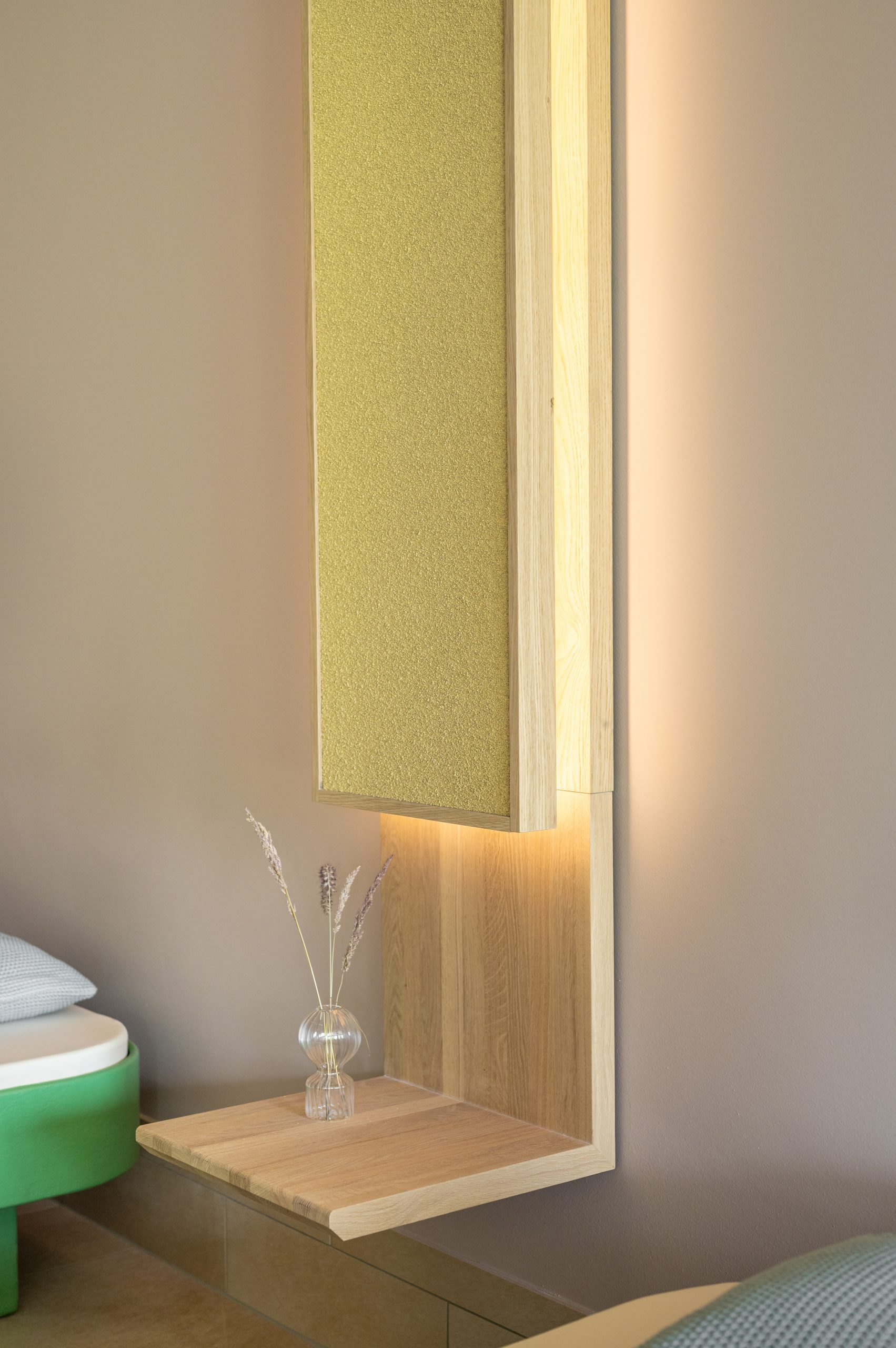 Thermae 2000 Bedside Lamp