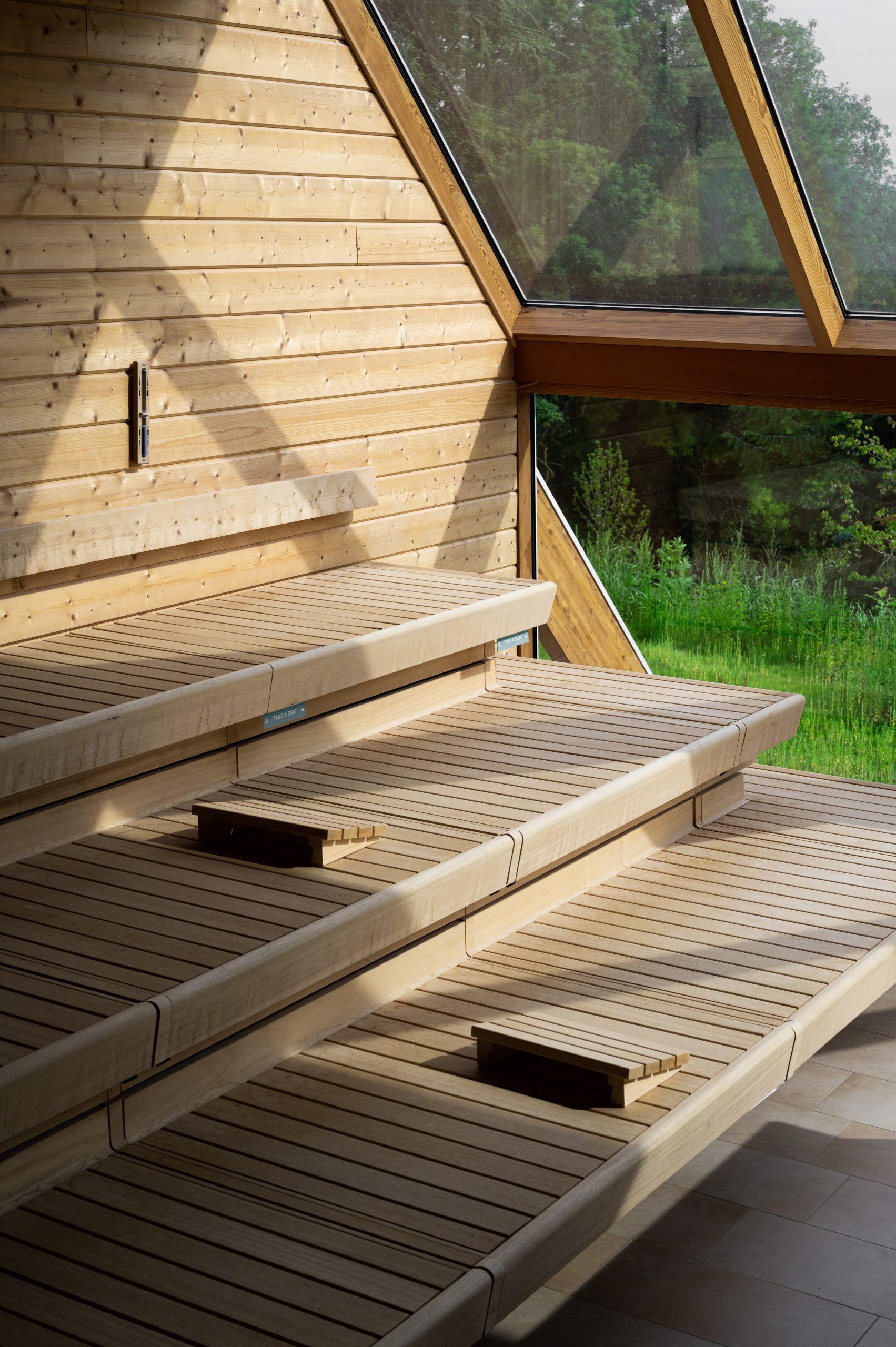 Thermae 2000 sauna seats